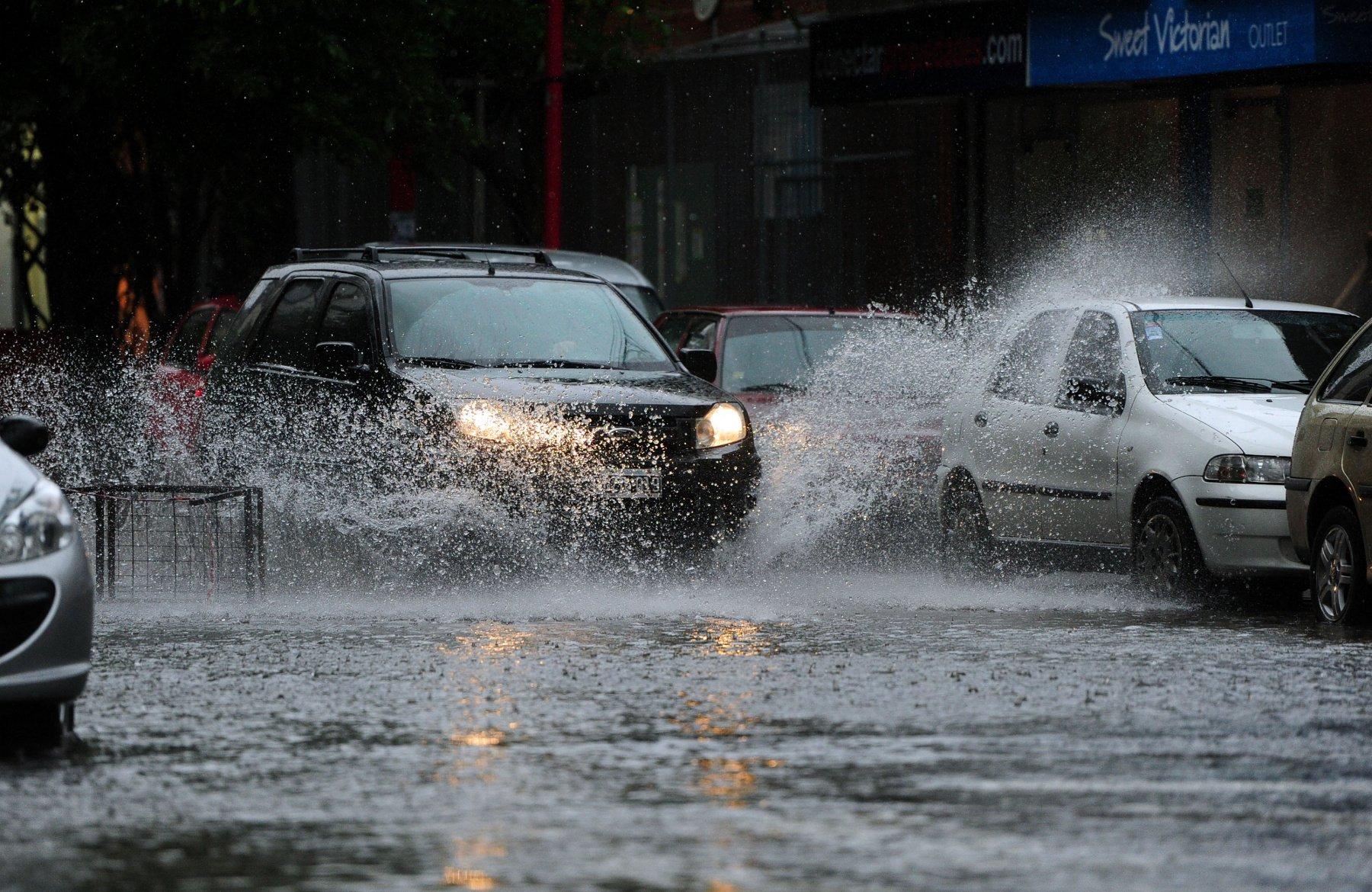 Безопасное движение в дождь