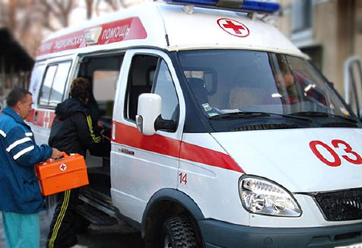 Маршрутка сбила 59-летнюю женщину наостановке вСормове