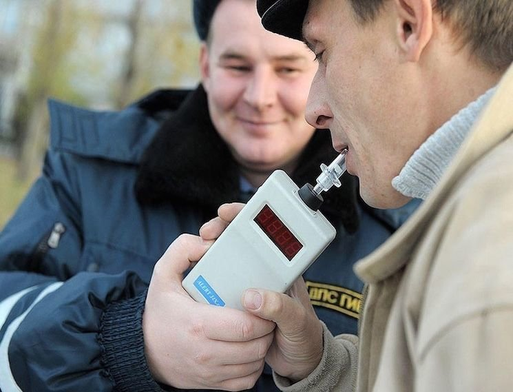 Допустимая норма алкоголя за рулем в промилле — закон в России в 2020 году
